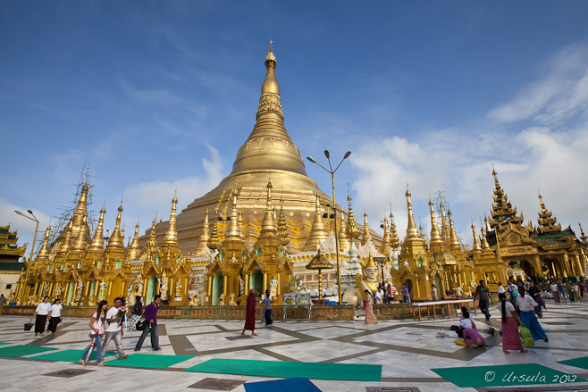 Morning light on the golden stupa at the centre of the Shwedagon Pagoda.